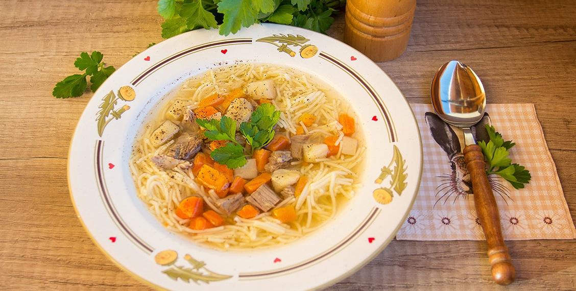 Deftige Rindssuppe - selbstangesetzt