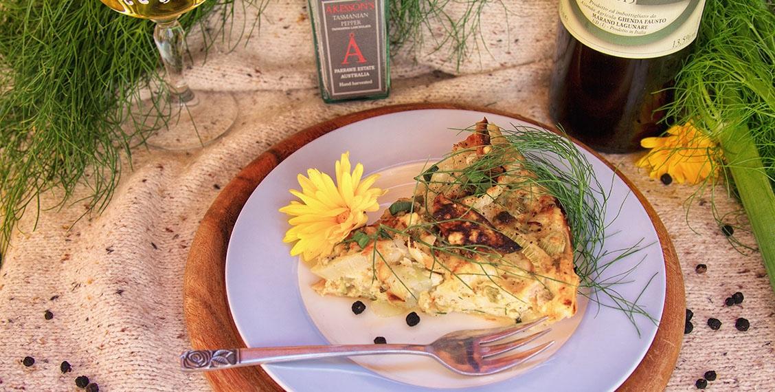Fenchel-Pfrisich Tarte mit Doppelblauchimmelkäse
